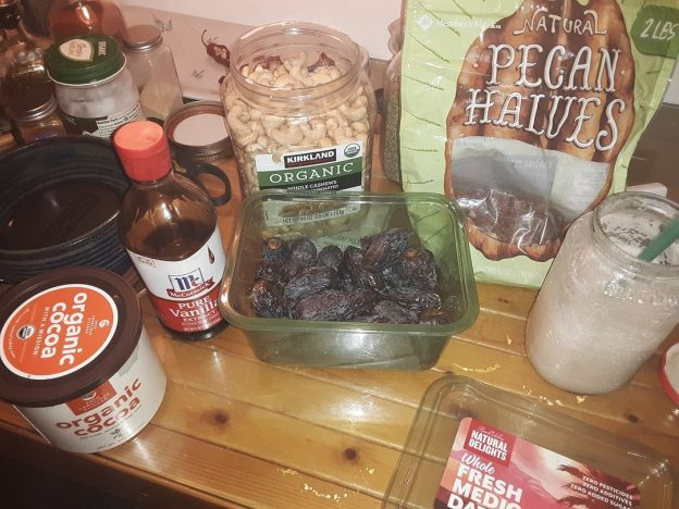 ingredients for the vegan milk